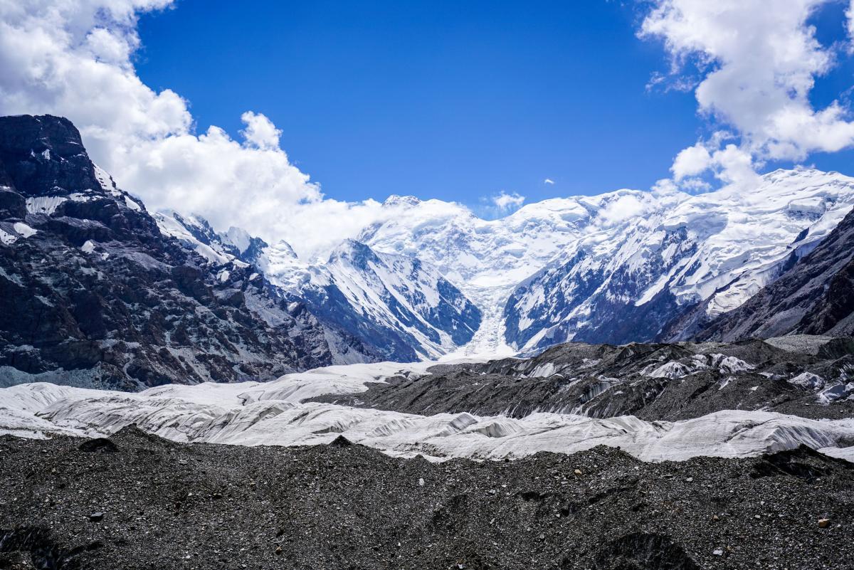 tian-shan-glaciers-17