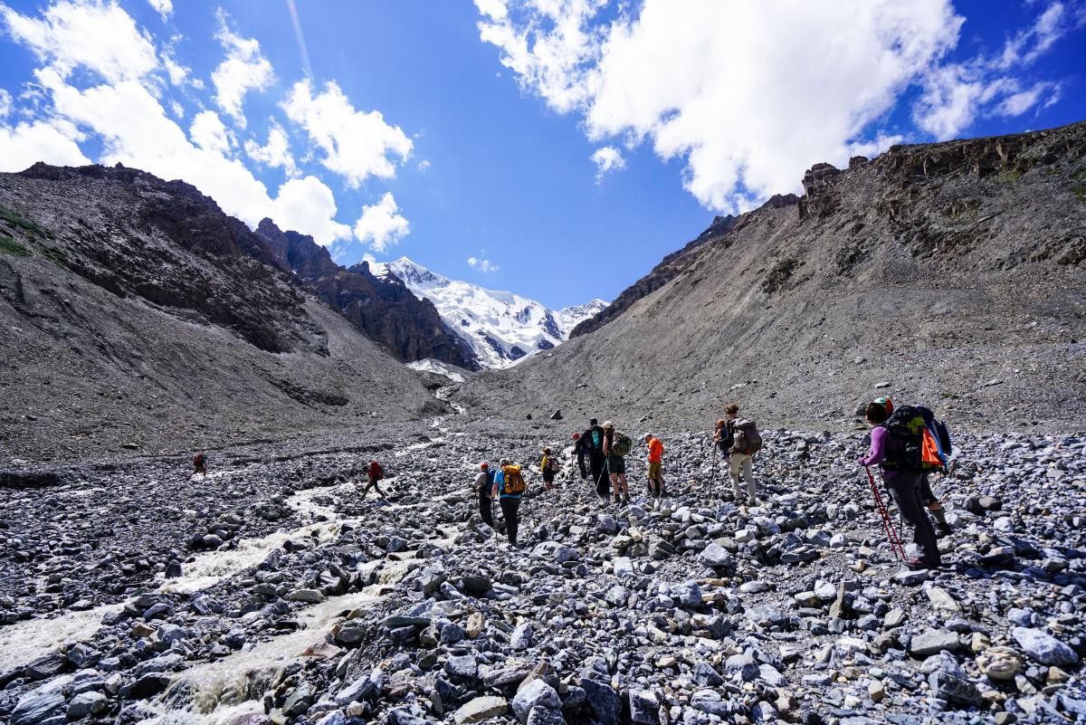 tian-shan-glaciers-22
