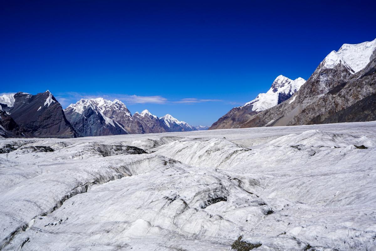 tian-shan-glaciers-43