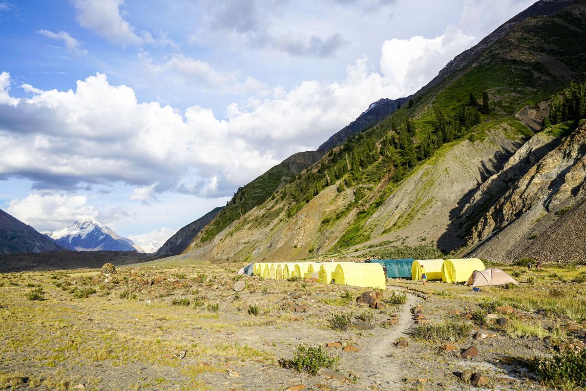 tian-shan-camps-4
