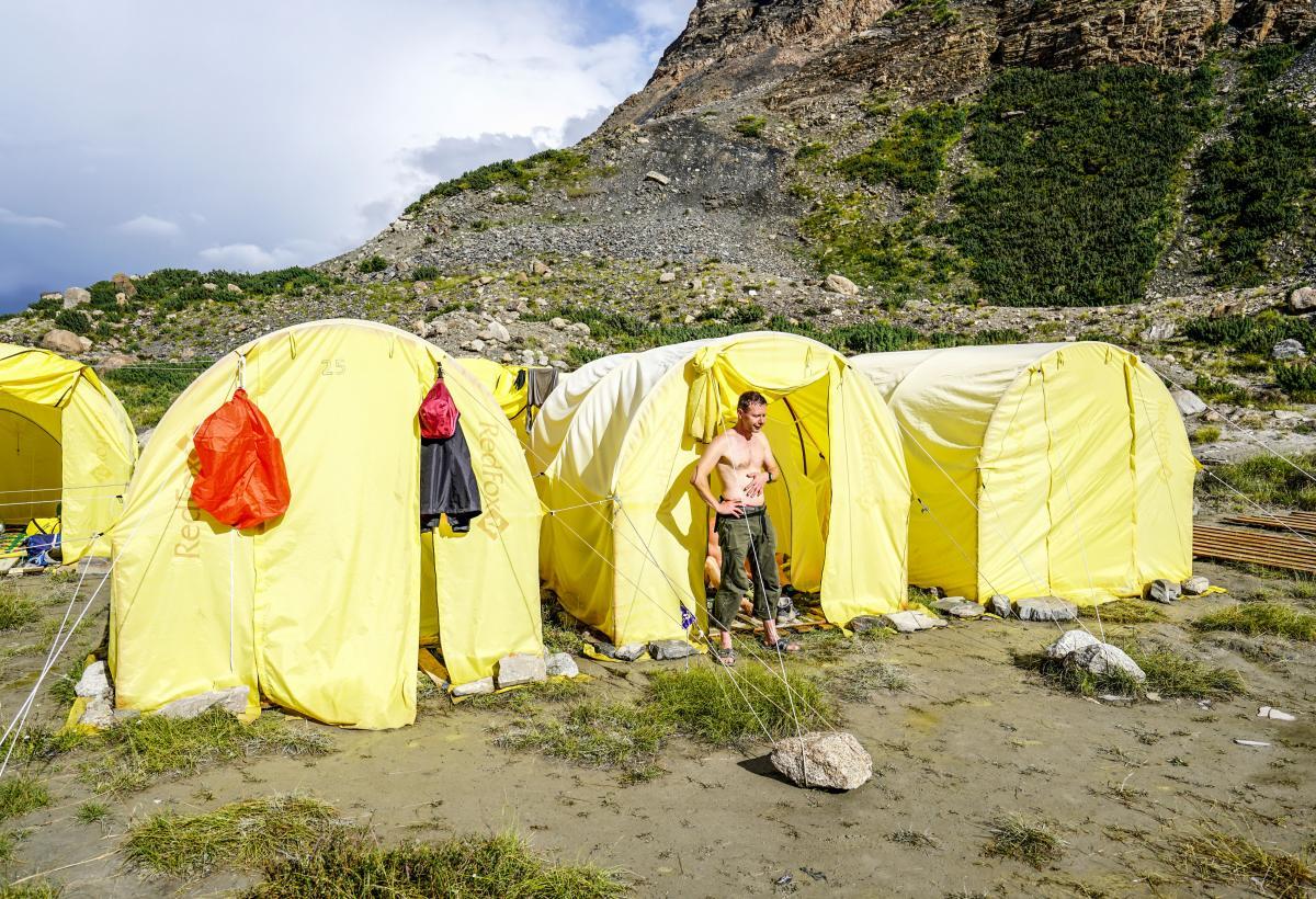 tian-shan-camps-17
