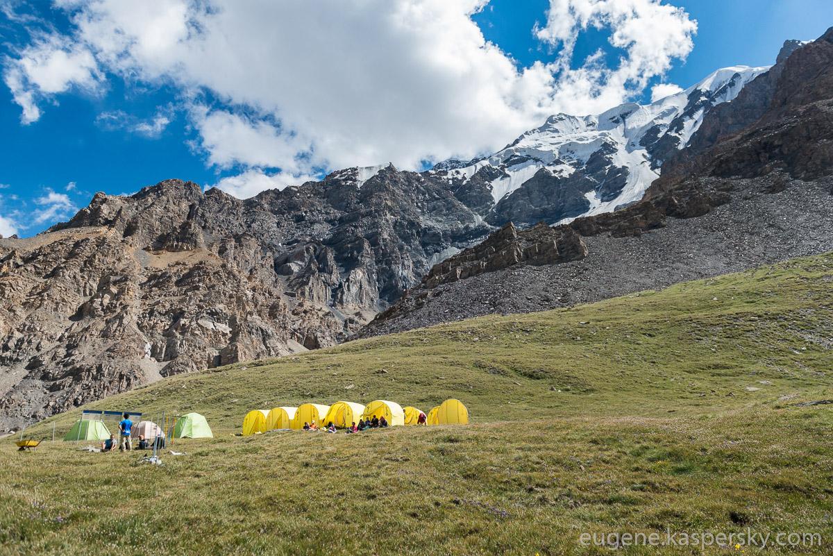 tian-shan-camps-22