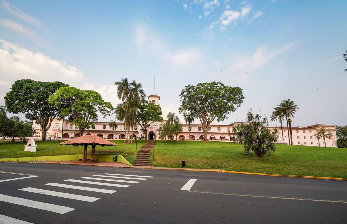 isuazu-hotels-6