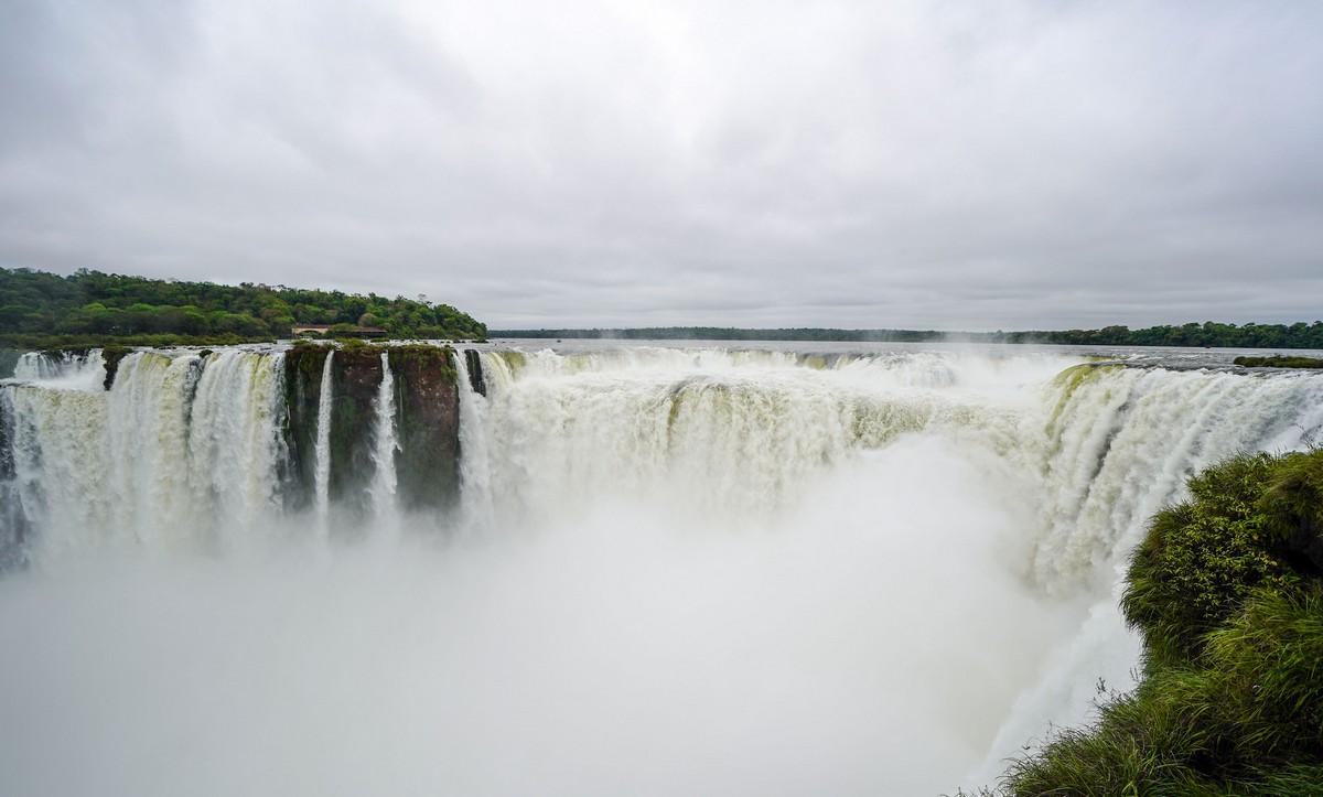 iguazu-argentina-brazil-7