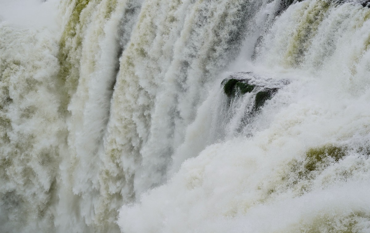 iguazu-argentina-brazil-14