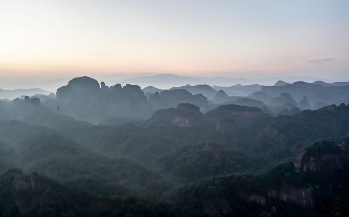 china-danxia-sunrise-1-2