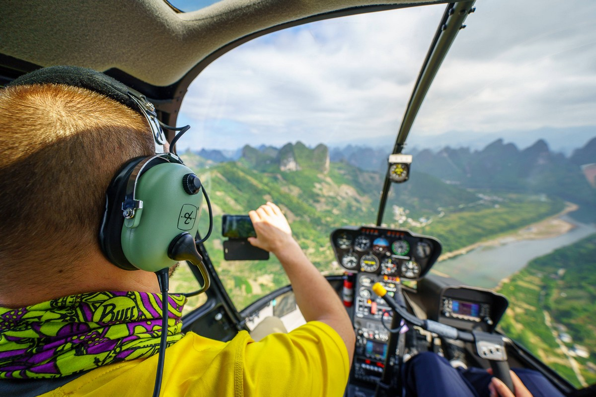 lijiang-china-helicopter-fly-22