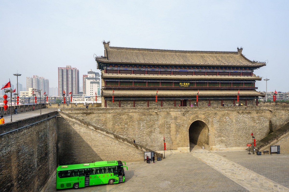 china-xian-city-wall-1