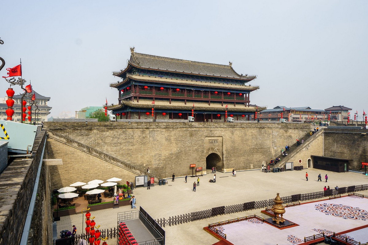 china-xian-city-wall-8
