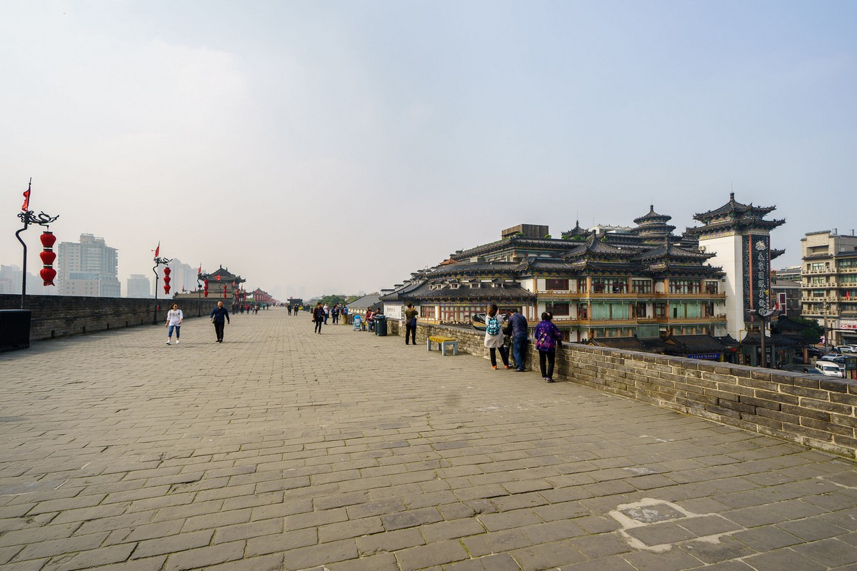 china-xian-city-wall-11