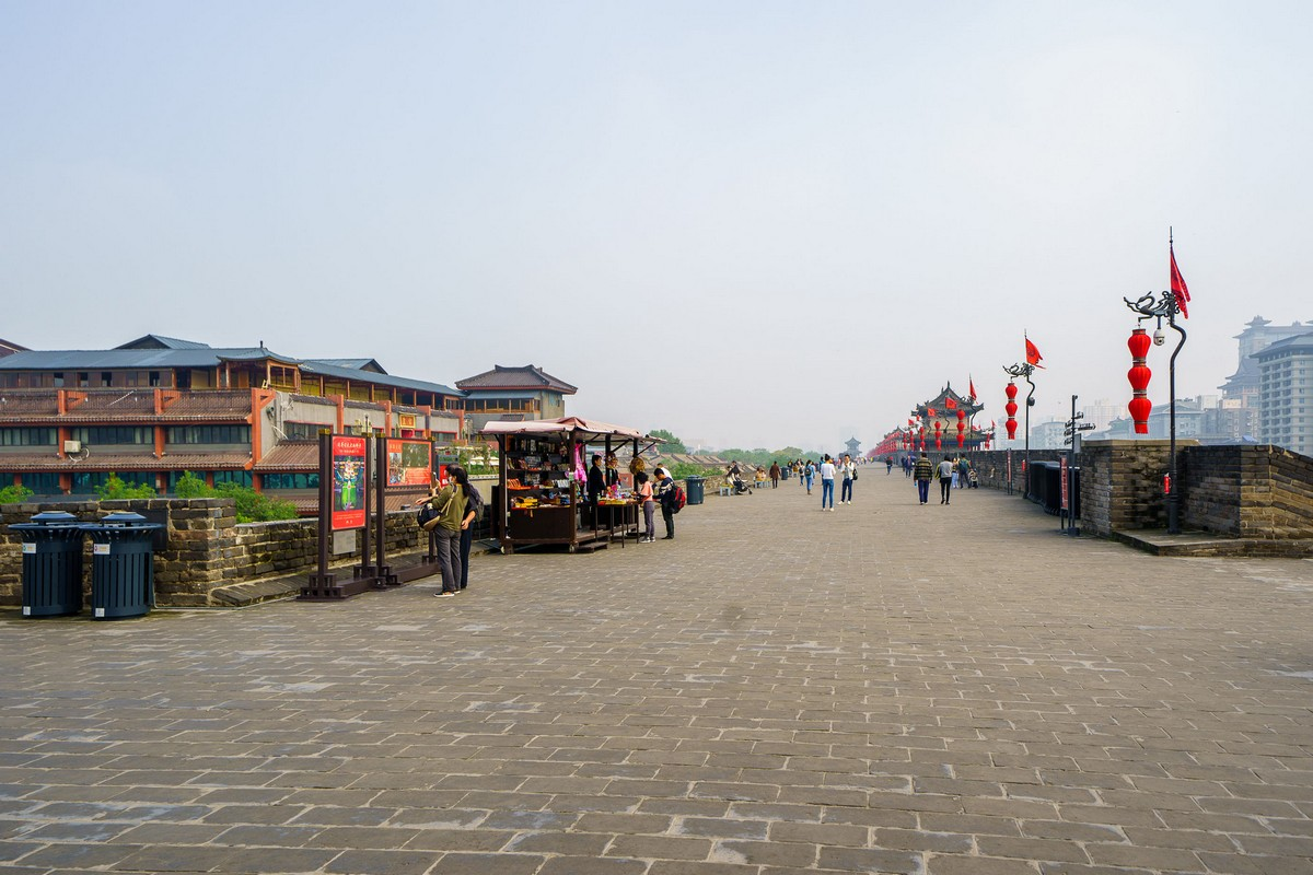 china-xian-city-wall-14