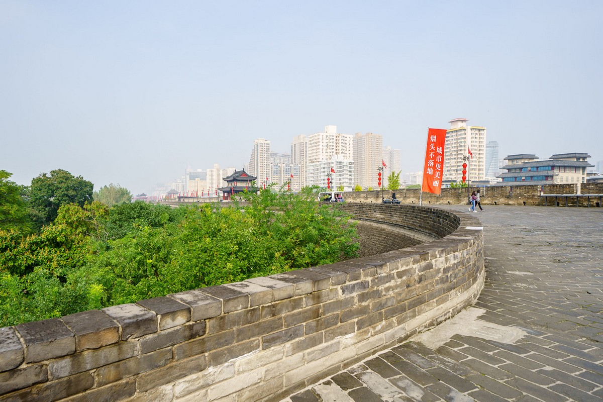 china-xian-city-wall-26