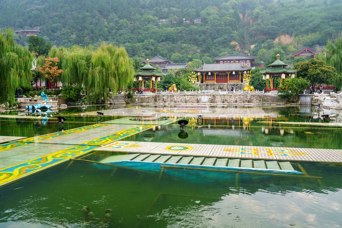 china-huaqing-pool-hot-springs-xian-7