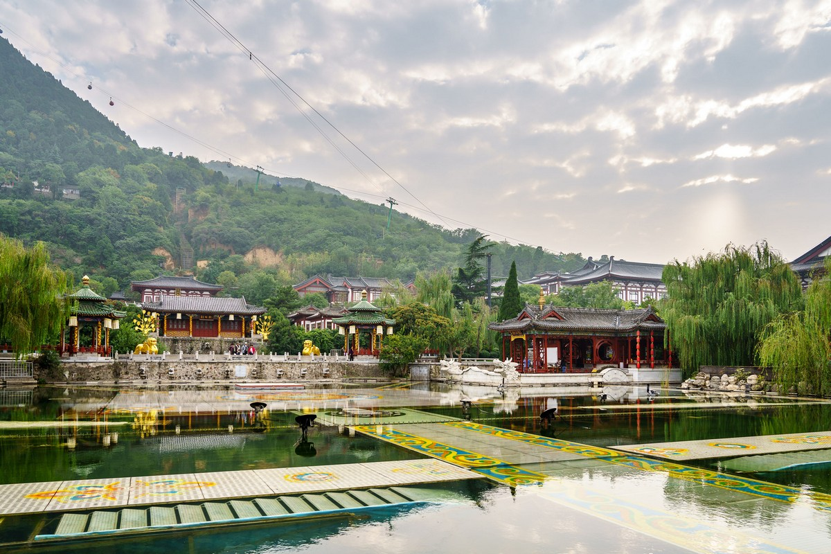 china-huaqing-pool-hot-springs-xian-8