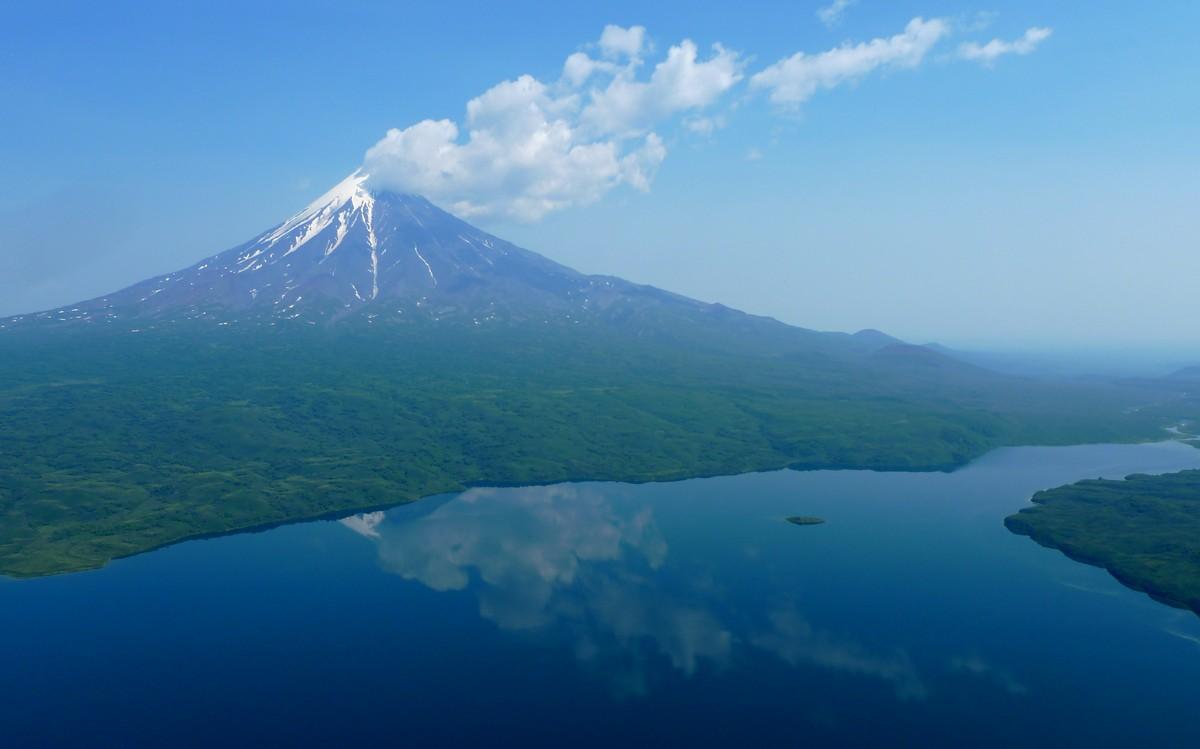 why_volcanoes-3