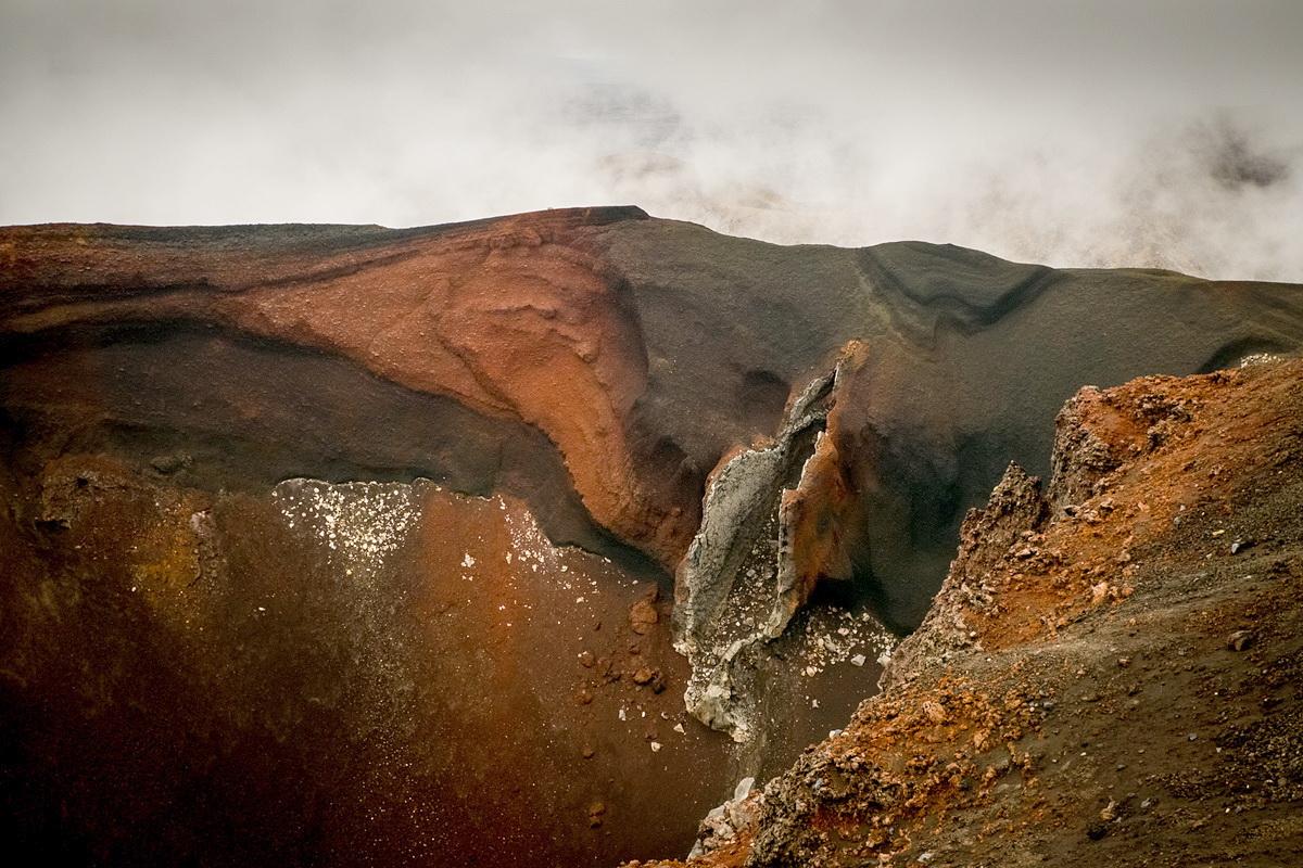 why_volcanoes-12