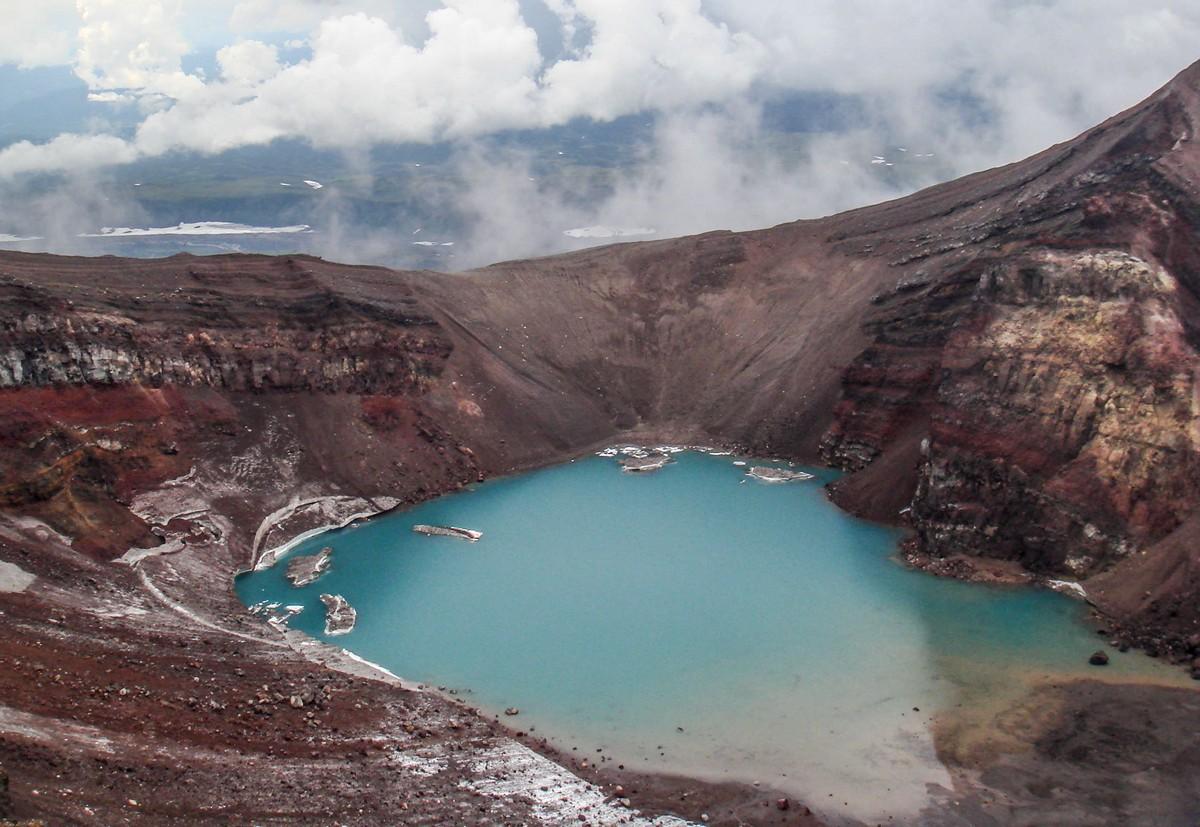 why_volcanoes-13