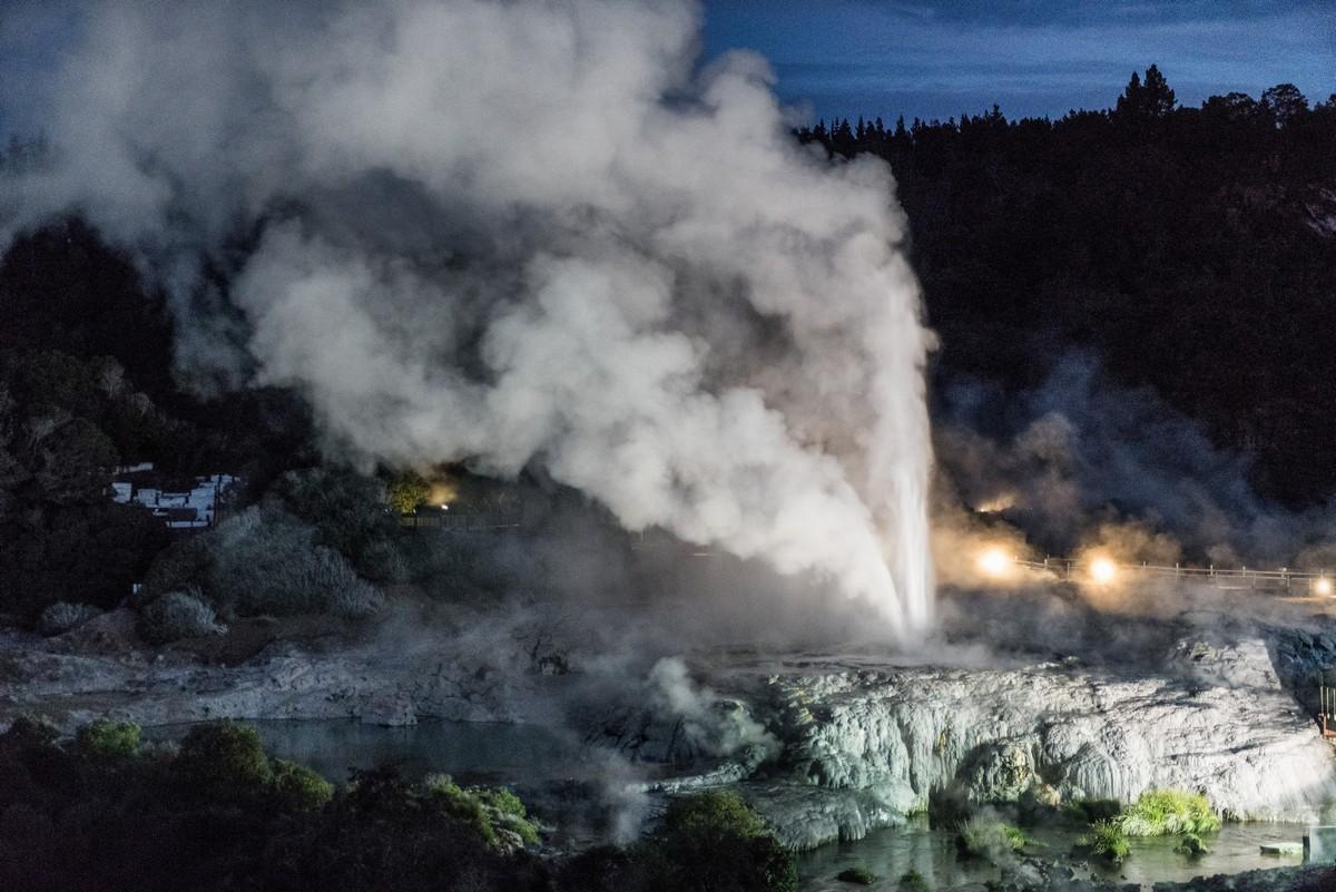 why_volcanoes-51