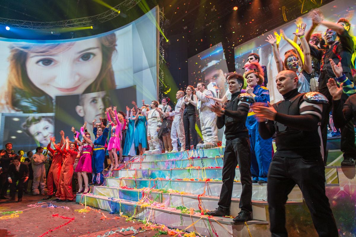 Новогодняя вечерина 2013 - представление удалось!