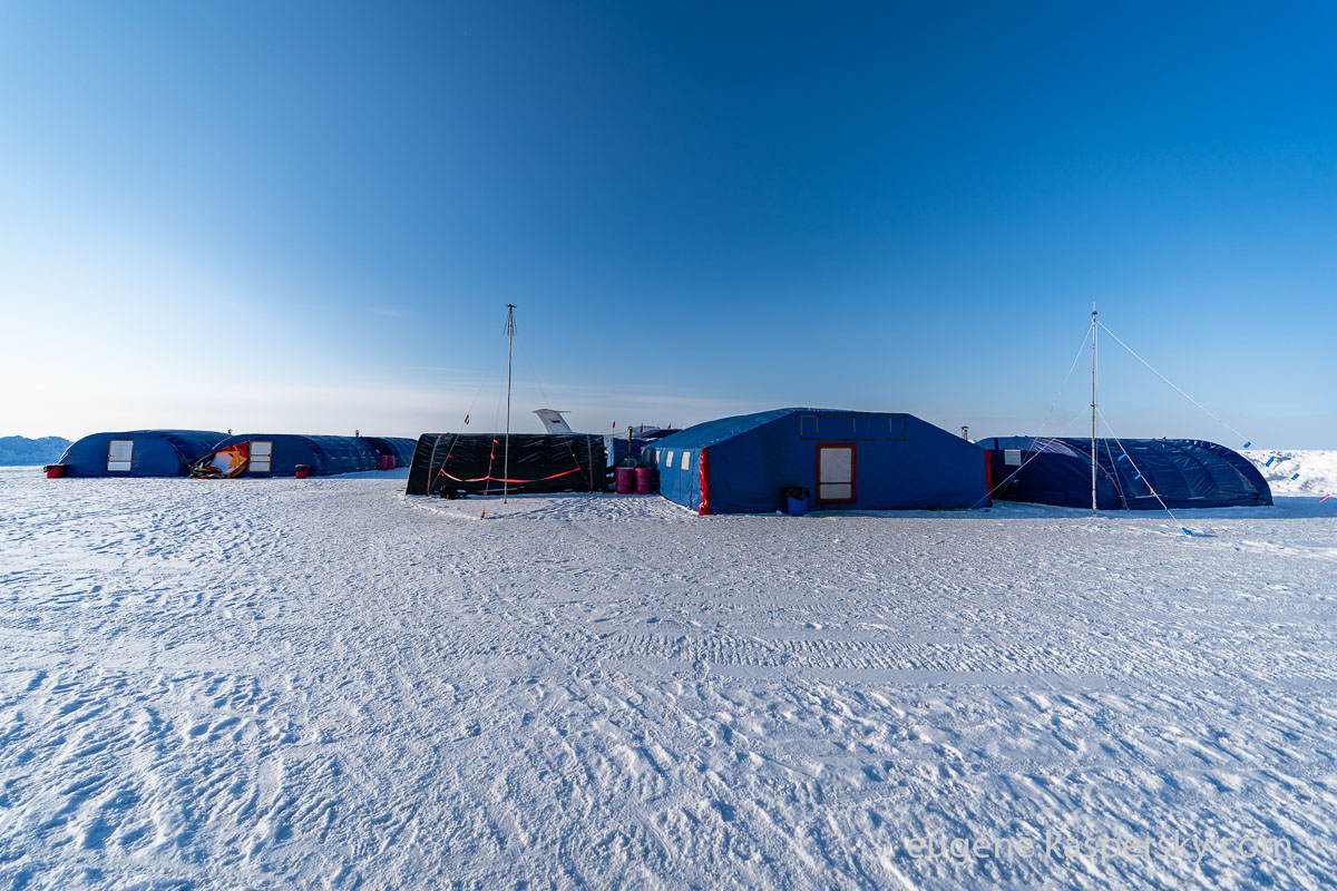 barneo-polar-station-17