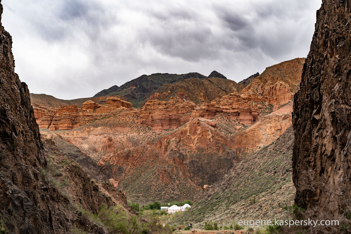 Sharyn-Canyon-kazakhstan-2