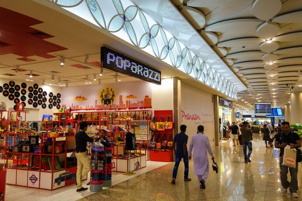 Мумбаи: аэропорт построили, людей забыли