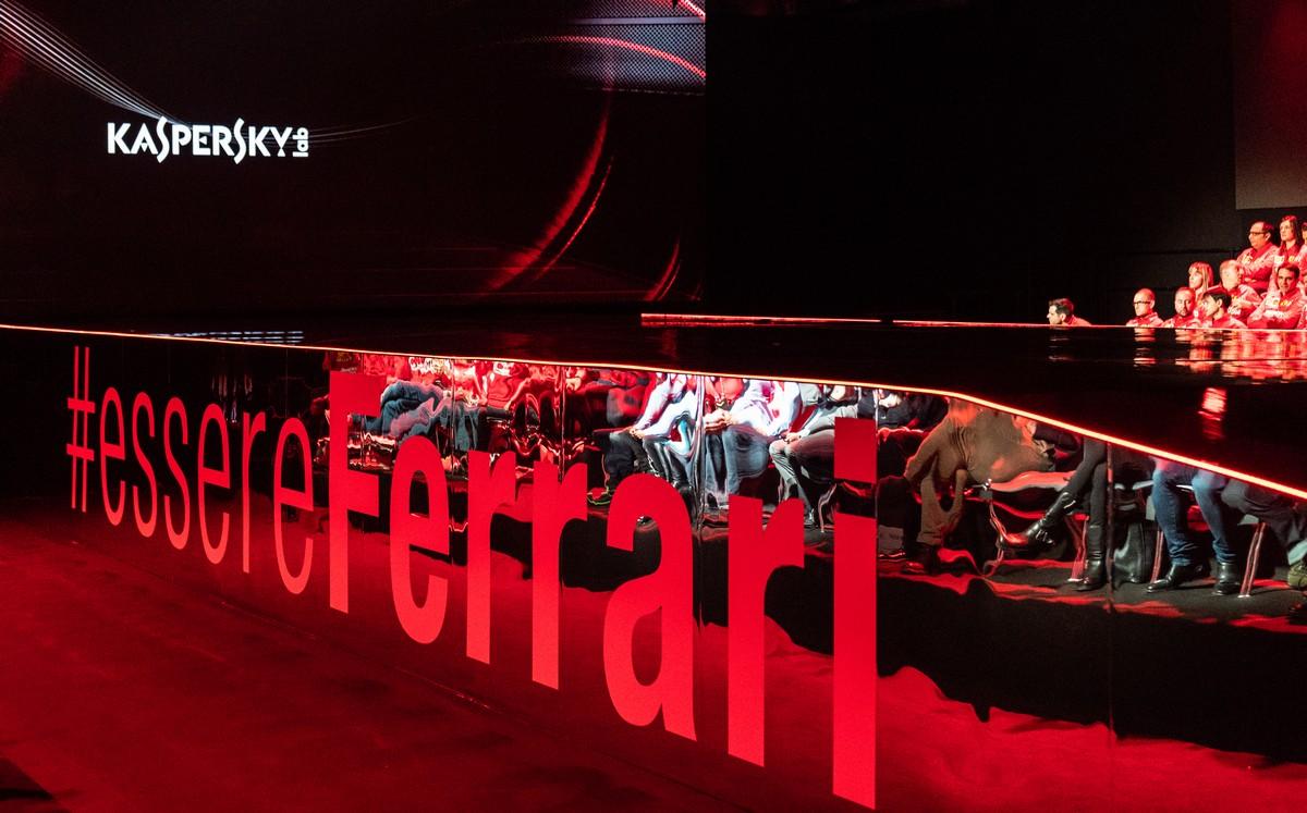 ferrari-sf90-presentation-3