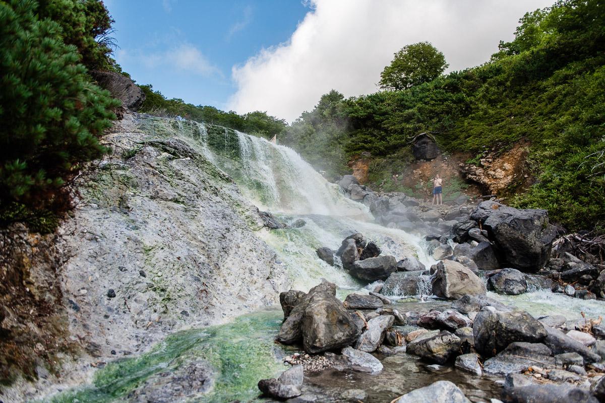 Горячие Итурупские водопады