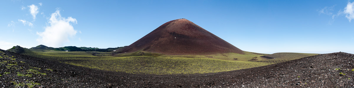 Вулкан Тятя, Кунашир