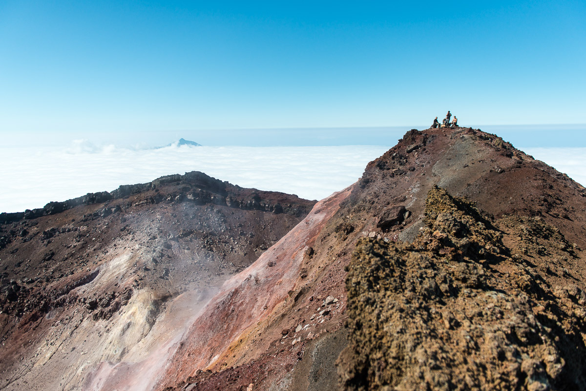 kuril-islands-tyatya-volcano-kunashir-10