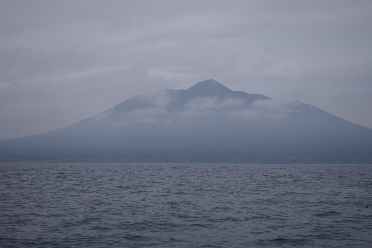 kuril-islands-tyatya-volcano-kunashir-1-1