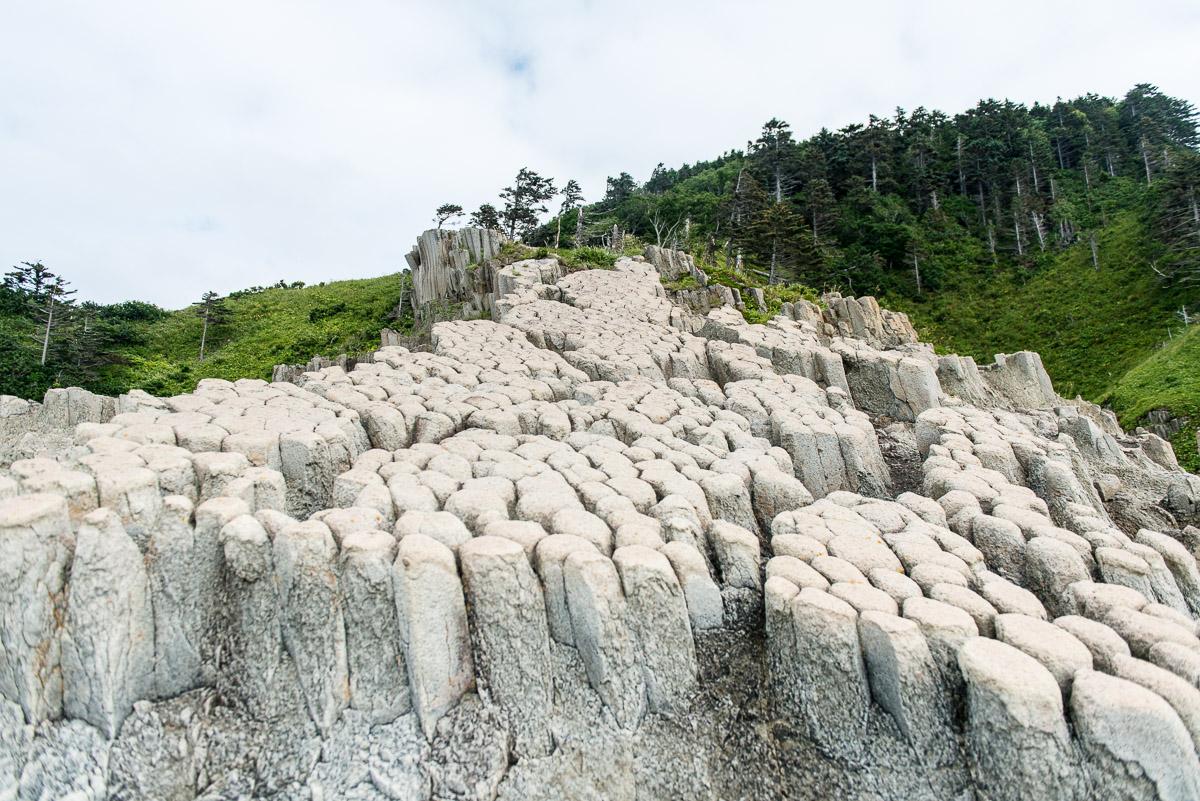 Курильские столбы на острове Кунашир
