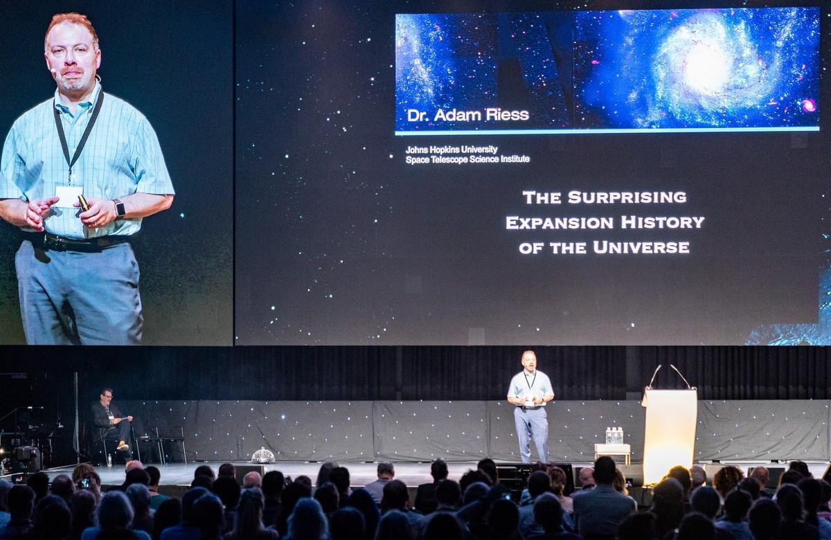 Starmus-2019: стереофотки им.Брайана Мэя и байки нобелевских лауреатов. DSC01125