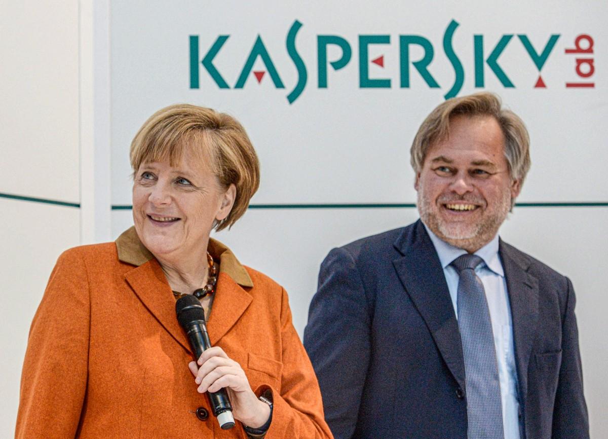 Merkel_Messe1
