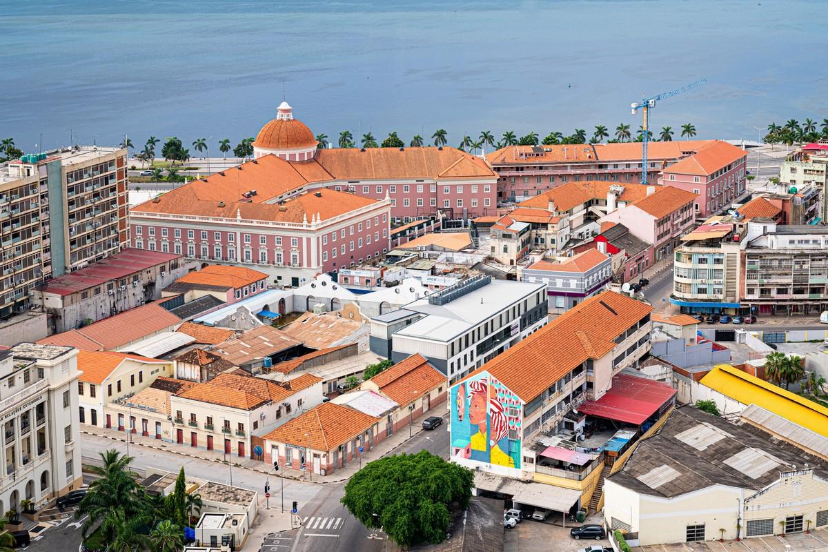 Мировые турне в режиме да и Юбилейная Ангола. DSC06447