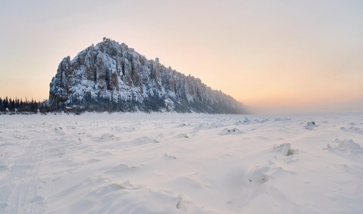 Ленские столбы: зимой и летом другим цветом. 282-8503