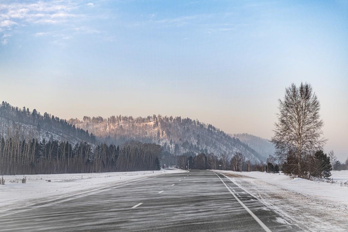 Байкал - половина пути от Магадана до Москвы. 330-5317