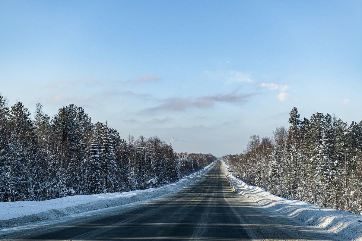 Байкал - половина пути от Магадана до Москвы. 334-5438