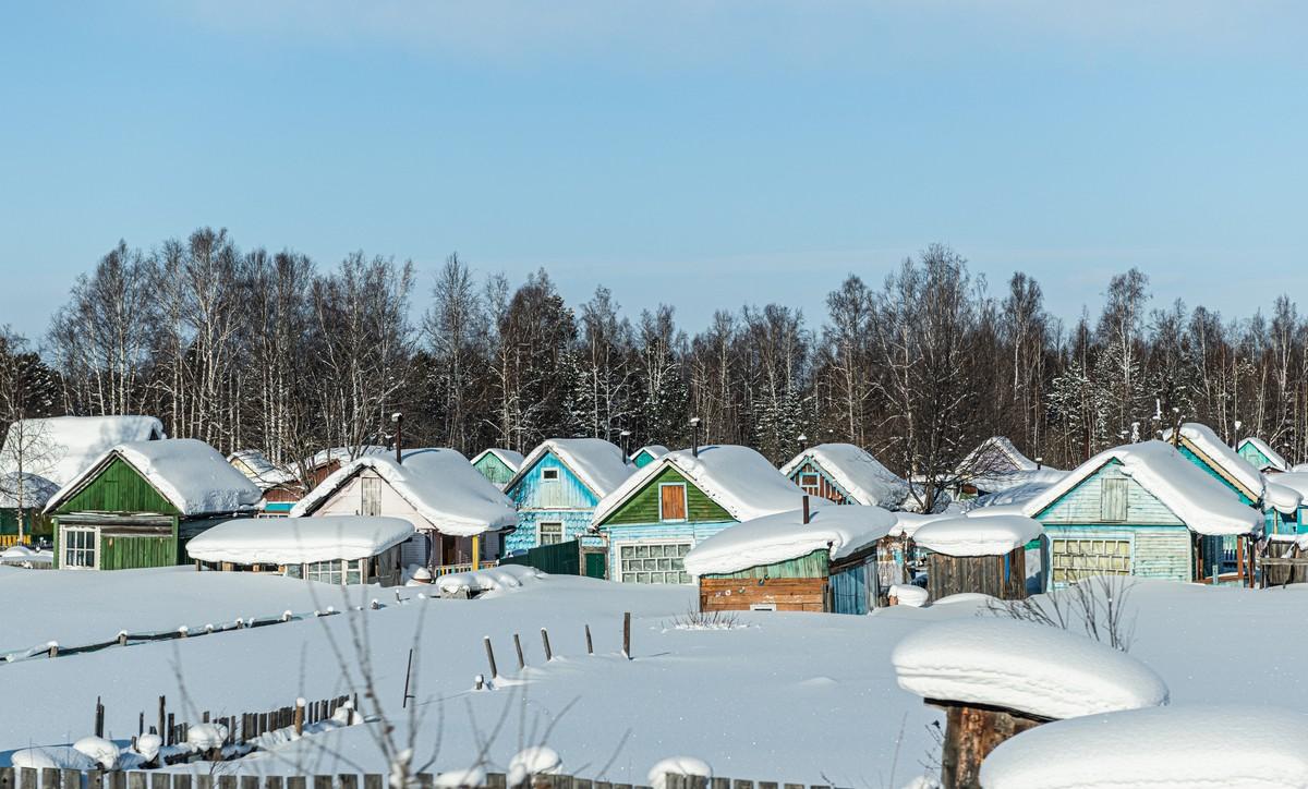 Байкал - половина пути от Магадана до Москвы. 334-5439