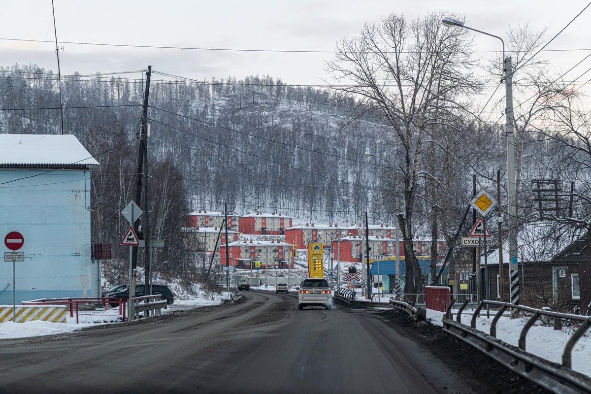 Байкал - половина пути от Магадана до Москвы. 339-5508
