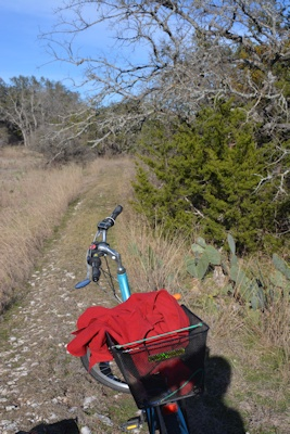 east-berm-trail-near-cactus-flat