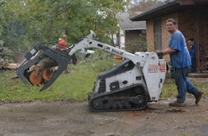 Ash-removal-Bobcat-claw
