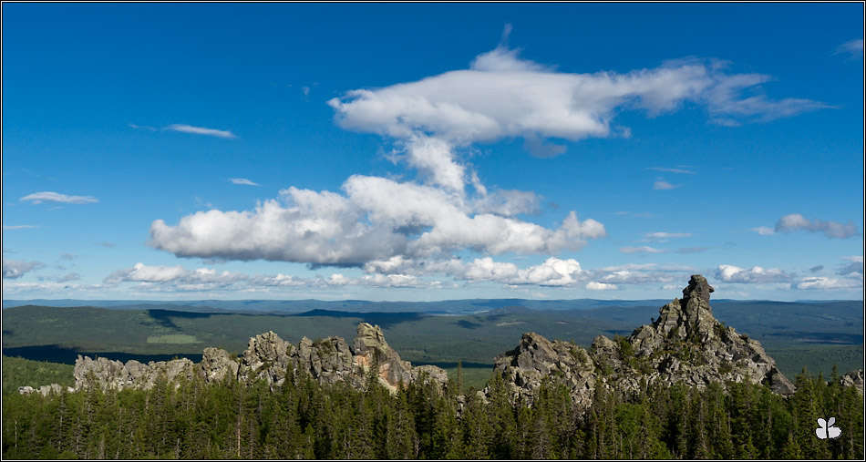 Нижние скалы (хребет Курмандак)