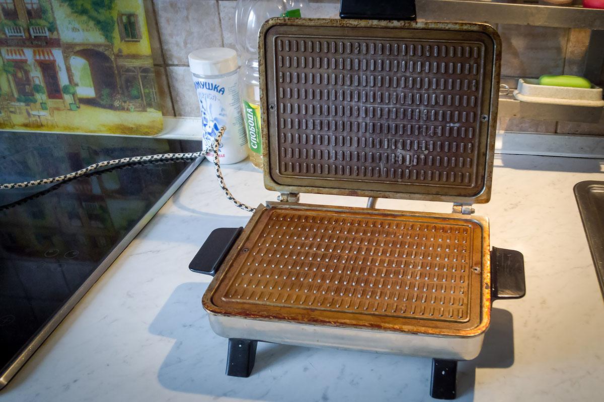 Электрическая вафельница-жаровня досуг и отдых