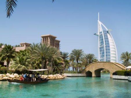 ОАЭ – оазис мечты для трудовых мигрантов?