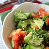 Салат из помидоров и огурцов с имбирем