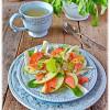 Салат из лосося по-шотландски с фенхелем и яблоком
