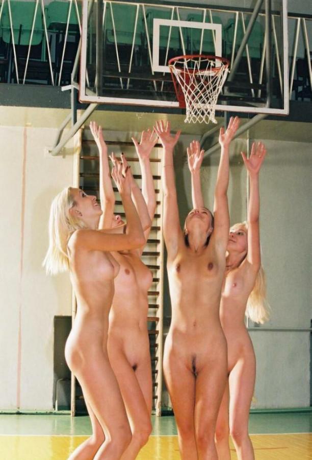 причины изменений, голая молодая баскетболистка фото крупно средний