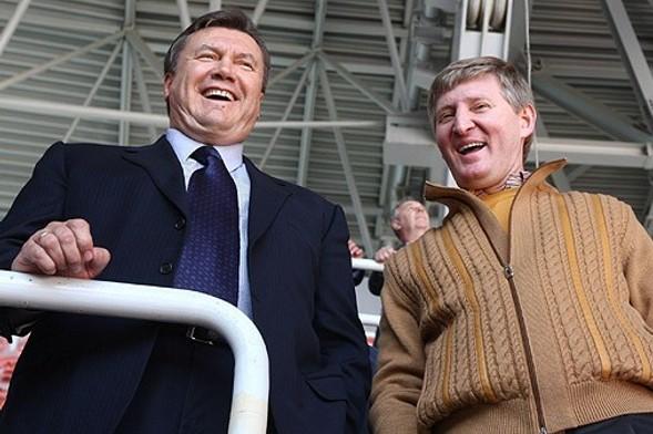 """Янукович спробує відібрати """"Шахтар"""" у Ахметова Брутальний футбол"""