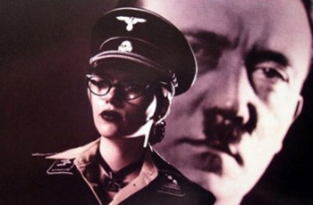 Скарлетт Йоханссон в роли Silken Floss (Шелковой нити), ассистентки Осьминога (Спрута) в фильме The Spirit, 2008